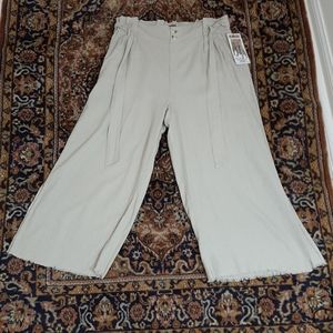 Paperbag wide leg crop pants linen and rayon nwt
